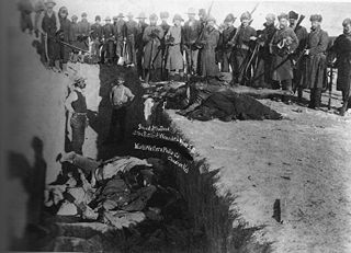 320px-woundedknee1891